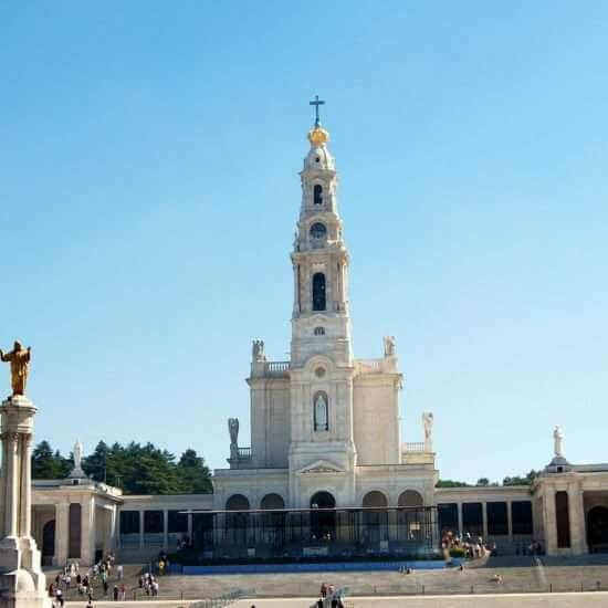 Marian Pilgrimage from Fatima to Paris